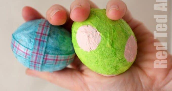 Easy Egg Shaker Toys