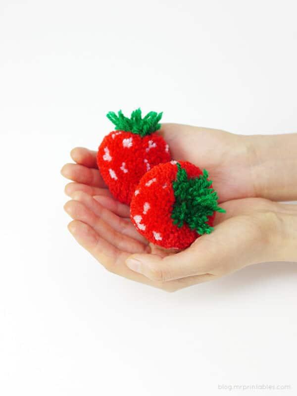Pom pom strawberry