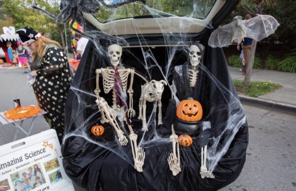 Trunk and treat events