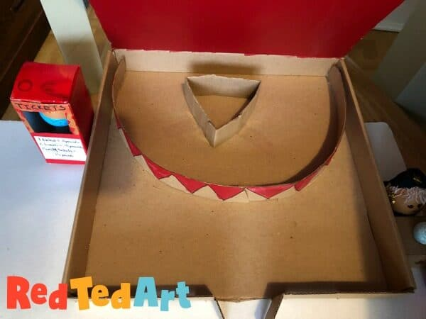 Making the Pizza Box Circus Ring