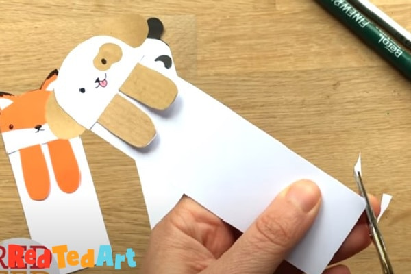 shape the bookmark ends